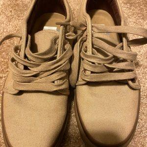 Vans women's shoes 9.0